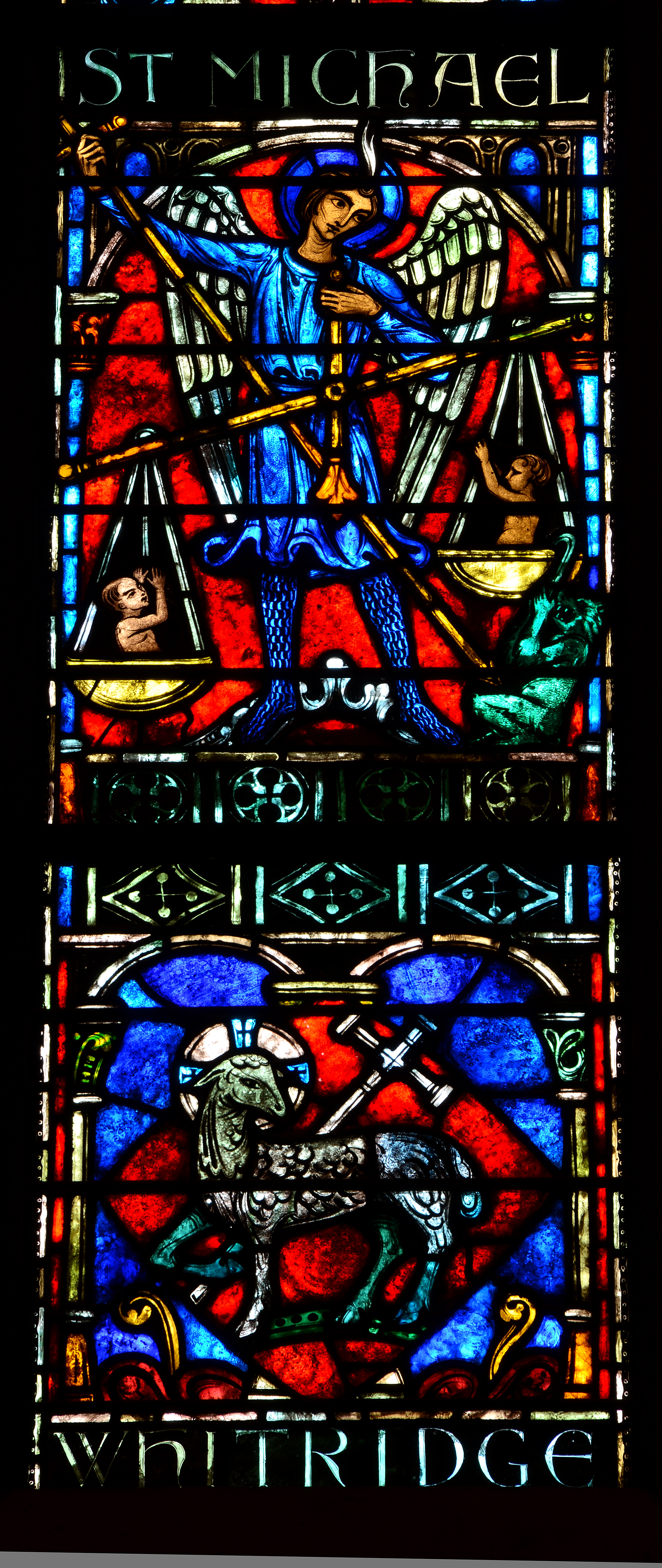 Stained glass is a real work of art, their types and methods of use in home interior 15